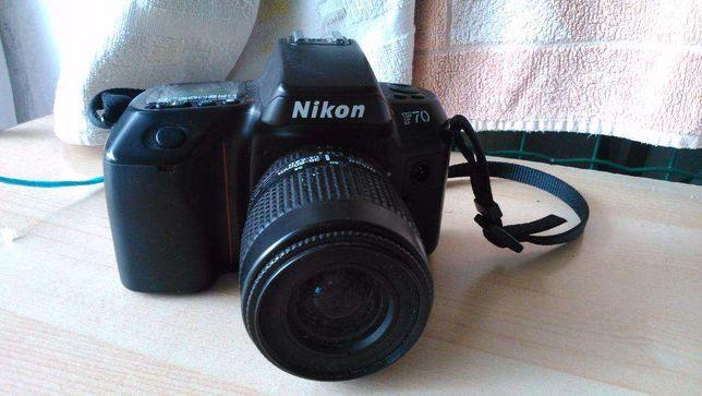 Máquina fotográfica nikon f70