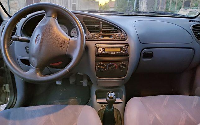 Vendo Ford Fiesta com poucos quilómetros e óptimo estado