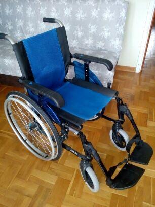 Wózek inwalidzki , lekki skladany