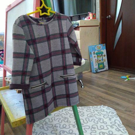 Платье для девочки фирмы Primark 1.5 -2года