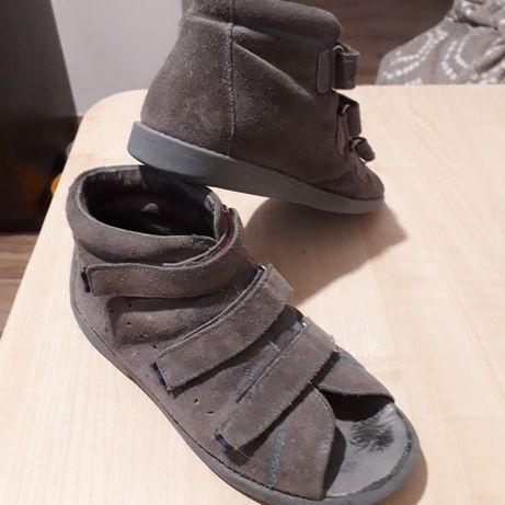 Sandały ortopedyczne chłopięce