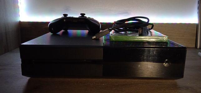Xbox One 1TB + 3 gry