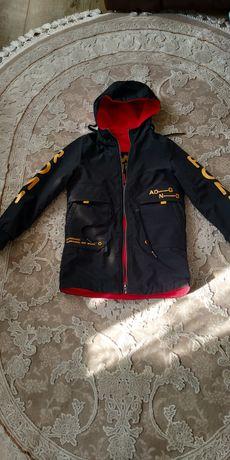 Крутая куртка демисезонная
