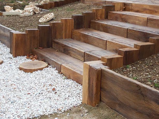 Schód, drewno betonowe, schodek, schody drewniane, schody