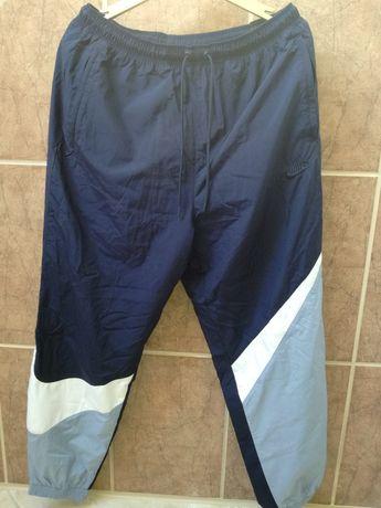 Spodnie Nike nowe z metkami rozmiar L