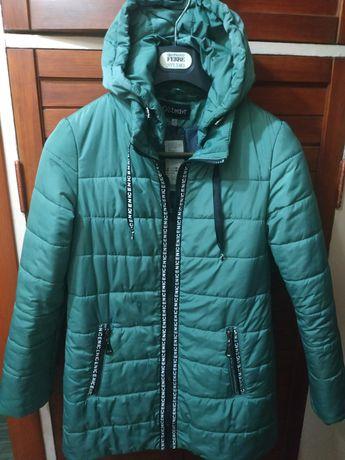 Пуховик курточка Новая р.46 женский amisu