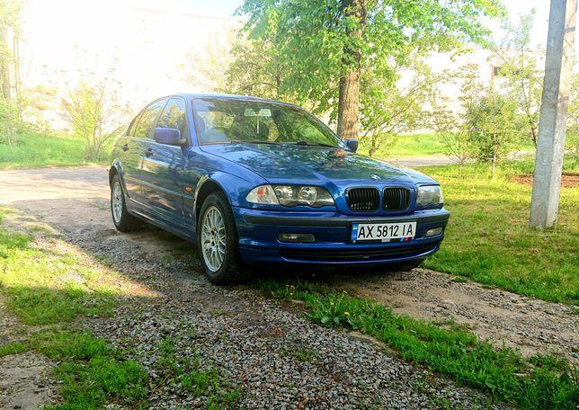 Хорошая  BMW E46 318 м43б19 ГБО,климат