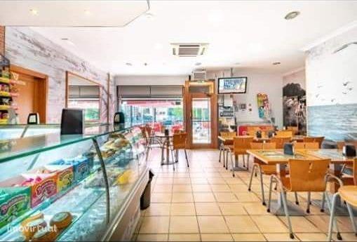 Restaurante, totalmente equipado, nas Colinas do Cruzeiro, Odivelas