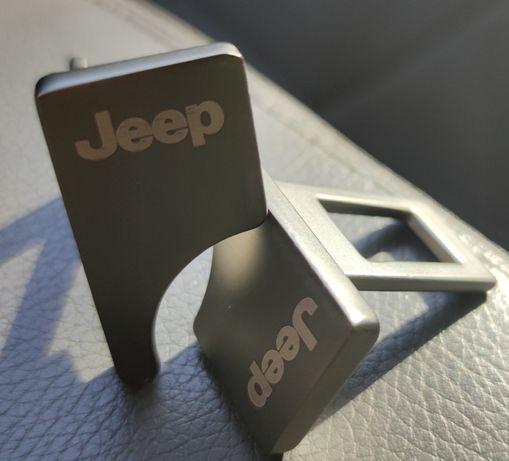 Заглушки ремней безопасности Jeep