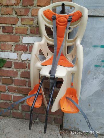 велокресло вело сиденье Bellelli pepe standart 22 кг