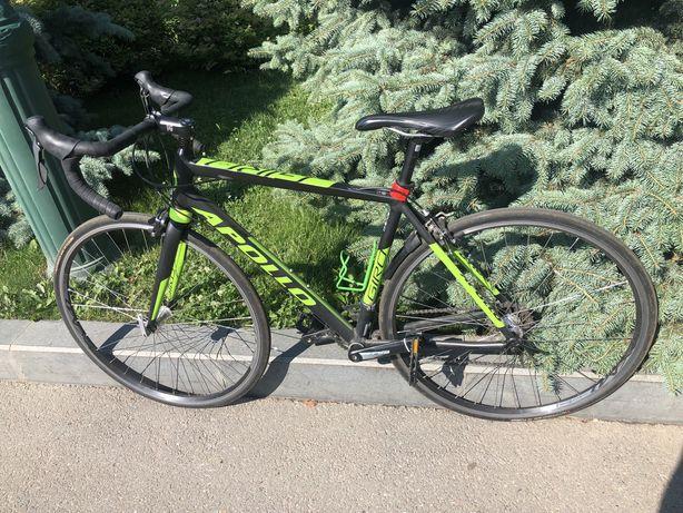 Шоссейньій велосипед