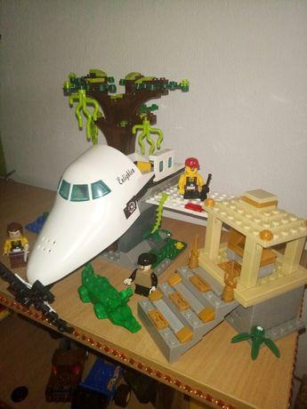 конструктор лего lego, джунгли крушение самолета,фигурки,животные,че