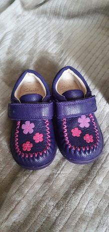 Новые! Мокасины, туфли, ботинки для девочки Clarks Кларкс 21р 13 см