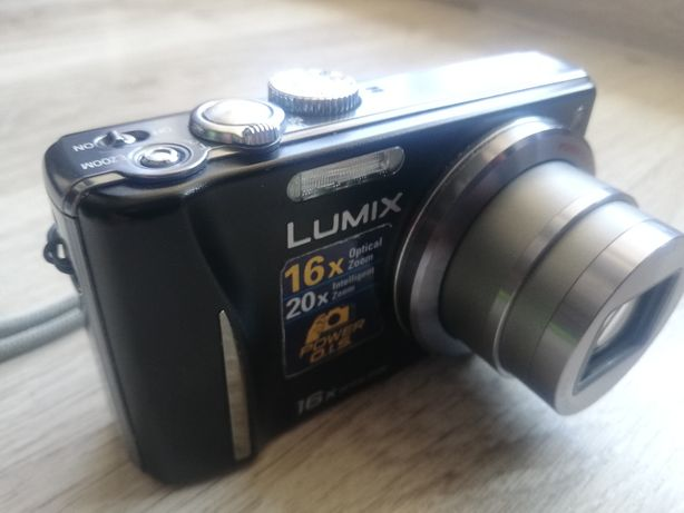 Aparat cyfrowy Panasonic Lumix DMC TZ18 + gratisy