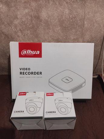 Продам комплект видеонаблюдения, видеорегистратор и 2 камеры