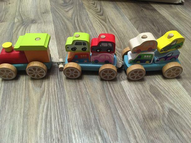 Деревянный конструктор. Поезд Cubika в отличном состоянии
