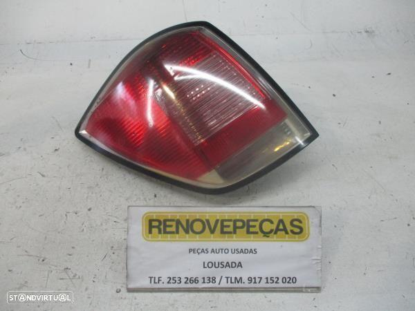 Farolim Stop Esq Opel Astra H Combi (A04)
