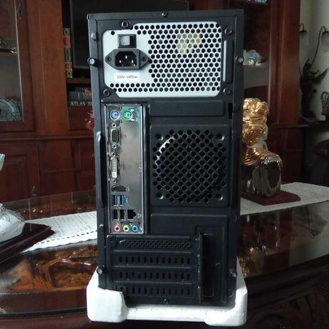 Torre de computador KUBO K1 com garantia