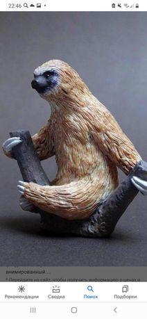 Фигурка ленивец. MOJO