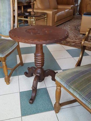 Stary recznie wykonany stolik debowy