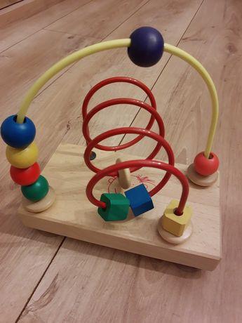 Zabawka drewniana z przesuwnymi elementami