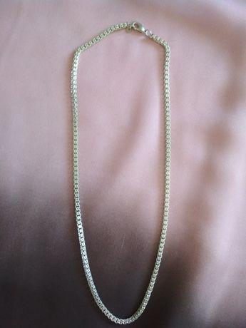 Naszyjnik w kolorze srebrnym