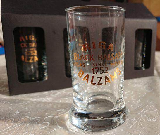 Новый Комплект фирменных стопок Riga Black Balzam 4 шт.