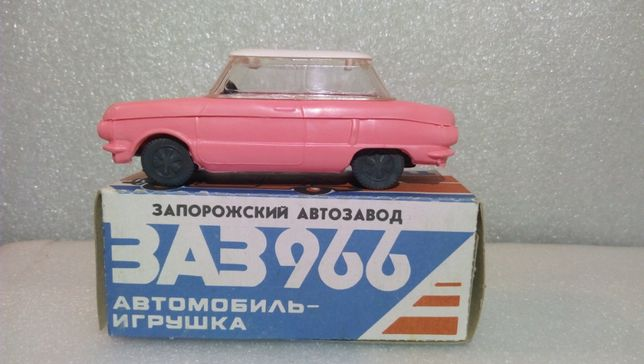 Машинка игрушка моделька Запорожец
