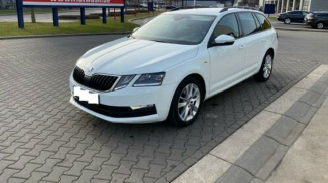SKODA A7 2.0 NAVI Distronic