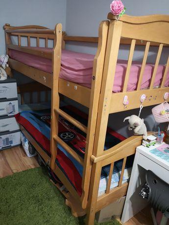 Срочно Кровать двухъярусная с матрасами