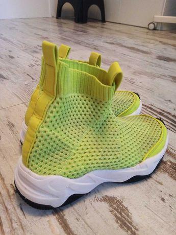 Buty skarpetkowe zielone limonkowe 32 zara