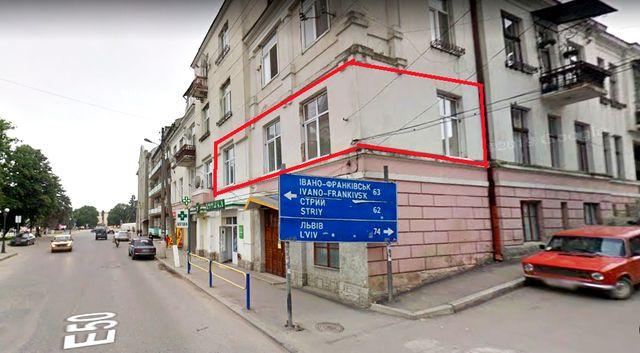 Квартира, офіс, 43 кв. м. в центрі м. Рогатин, вул. Шевченка, 3