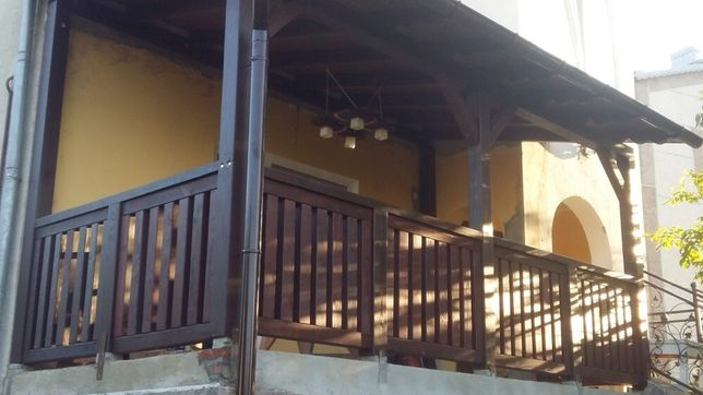Альтанки тераси бесідки балкони , паркани