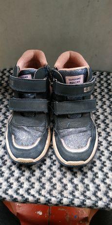 Ботинки осенние на девочку 31 разм.(19.5 см)