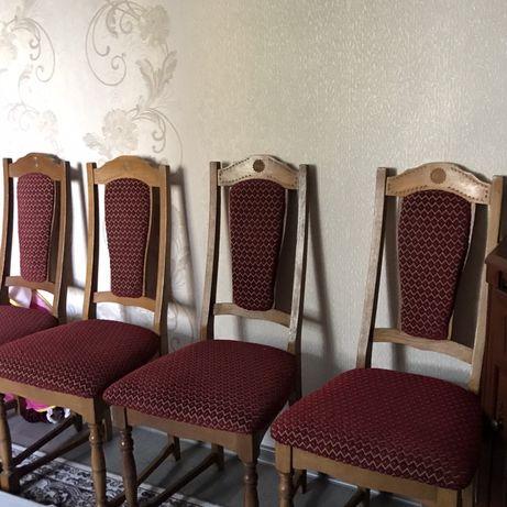 Дубовые стулья 6 штук