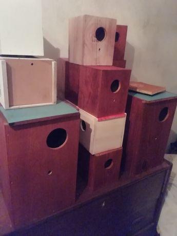 Ninhos para periquito caixas