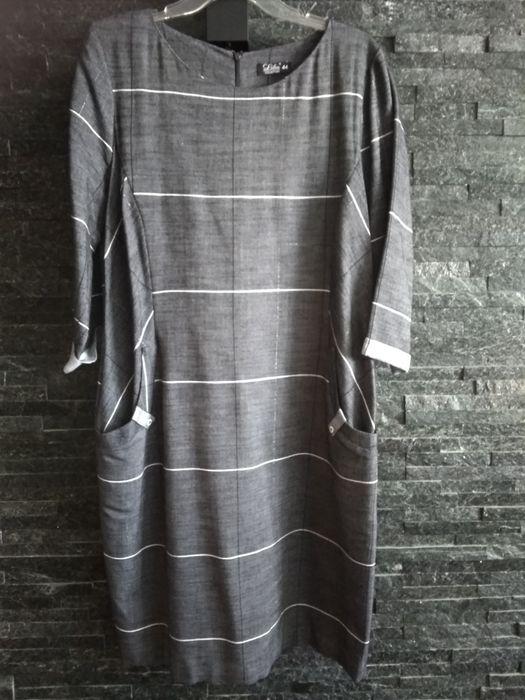 Sukienka szara w kratę r44 Nierada - image 1