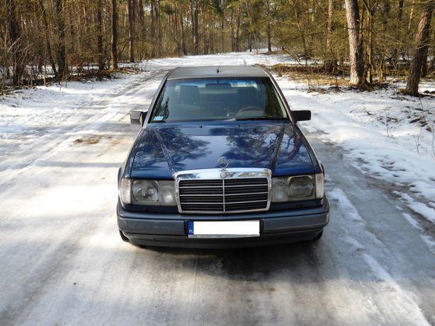 Mercedes-Benz (W 124). 1992r. 2.5 Diesel