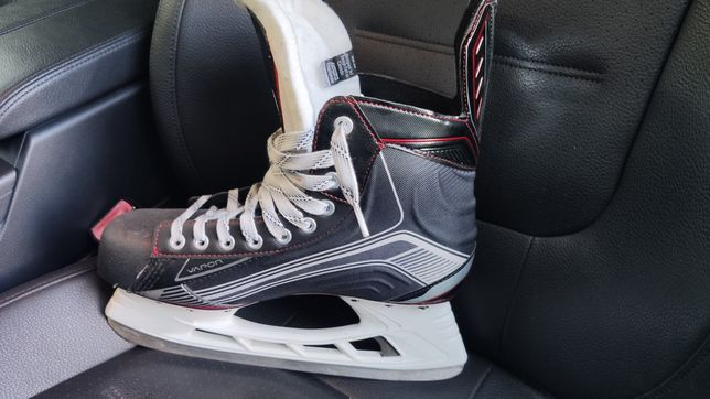 Bauer vapor x500 42р. Us 10, uk 9, eu 44.