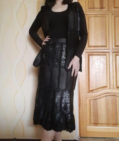 Жіночий шкіряний костюм