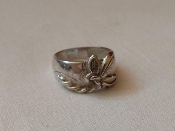 Кольцо, перстень, печатка женская цветок серебро 925 СССР, раритет