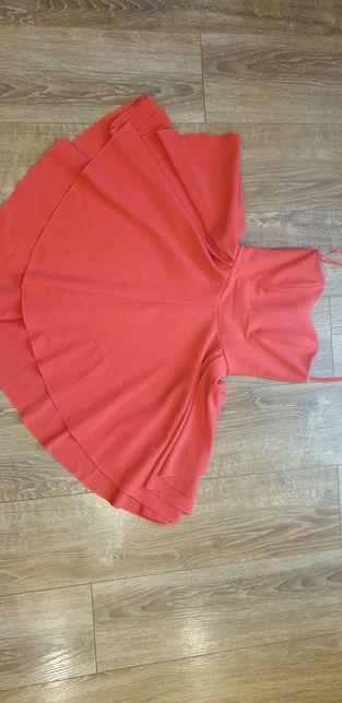 Czerwona sukienka gorset