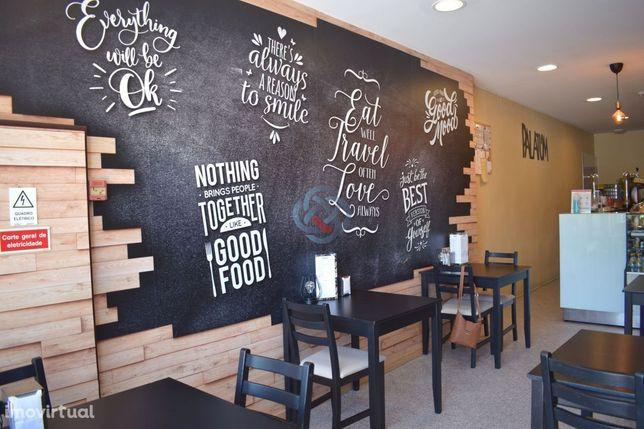 Cafe com Esplanada