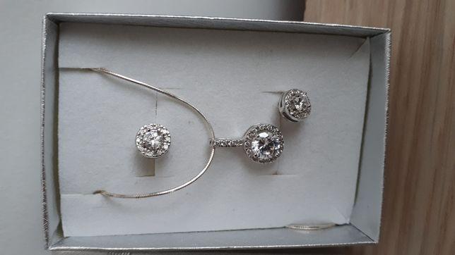 Srebrne kolczyki i łańcuszek z wisiorkiem