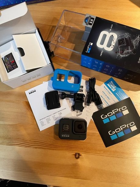 Kamera GoPro Hero 8 Black świetny stan etui gratis