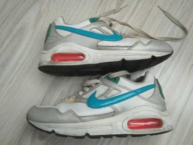 Продам кроссовки 36р Nike