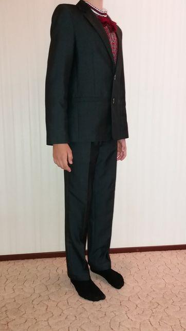 Школьный костюм р. 32+