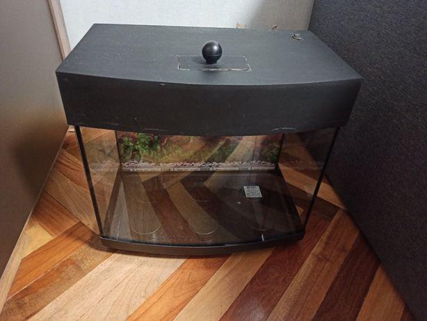 Продам аквариум 40л