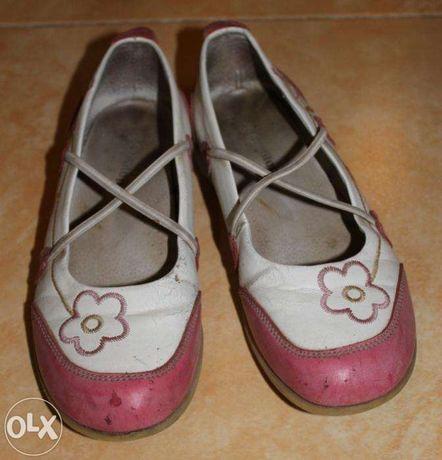 Продам туфли на девочку (36 р.)