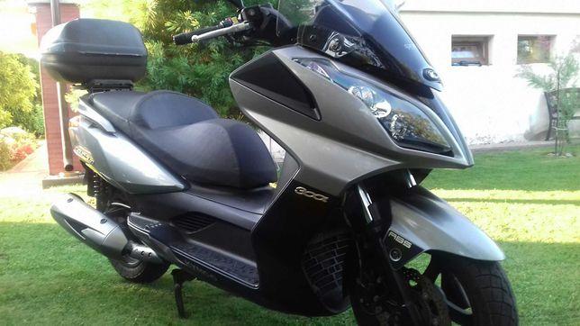 Skuter-motocykl Kymco Downtown